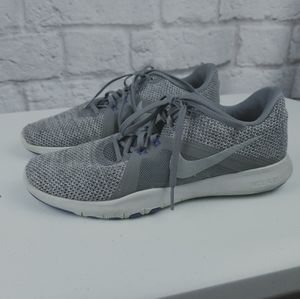 Nike flex trainer sneaker shoes size 9 grey
